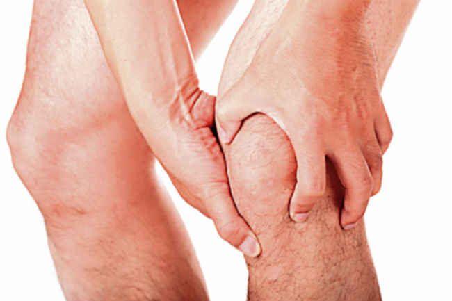 Simptomi Behcetove bolezni