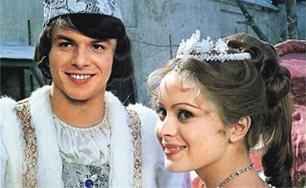 tri matice za film Cinderella 1973 igralci in vloge