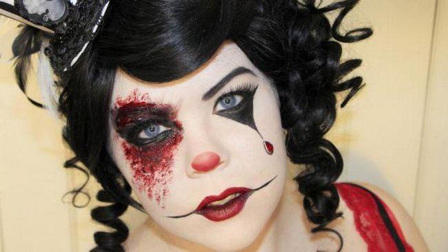 Make-up klovn za noč čarovnic