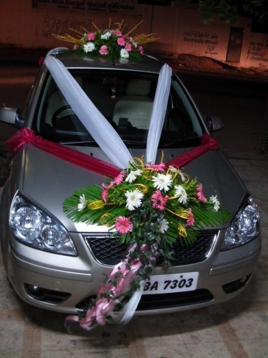 Kako okrasiti avto za poroko z lastnimi rokami: koristni nasveti