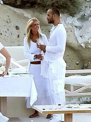 Poroka v grškem slogu. Scenarij