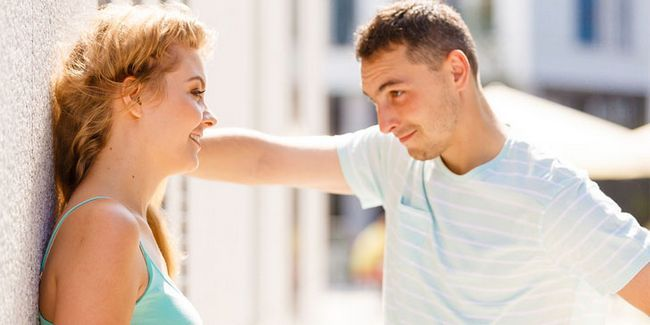 Kako vedeti, da ti je všeč fant: glavni znaki