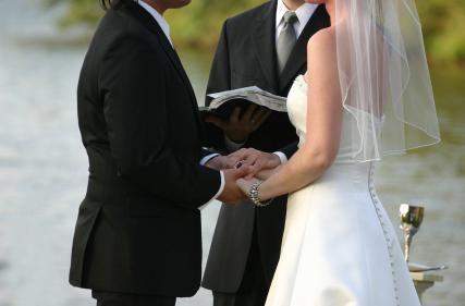 Kakšna naj bi bila poroka?