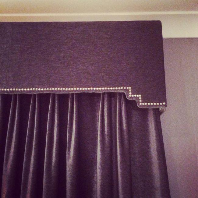 Lambrequin za spalnico: možnosti za slog in oblikovanje