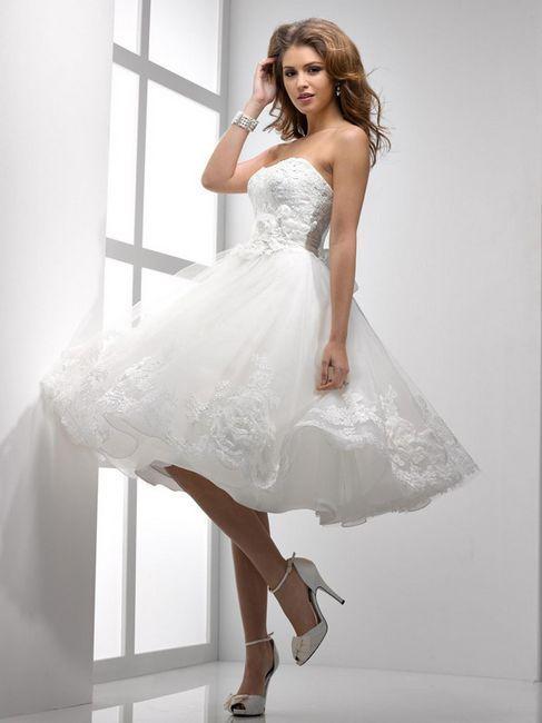 Modne kratke poročne obleke