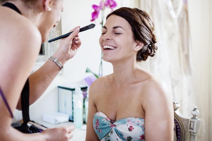 priprava na poročno fotografijo