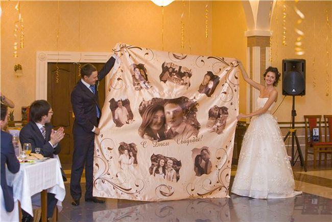 Komična čestitka na poroki z dostavo daril