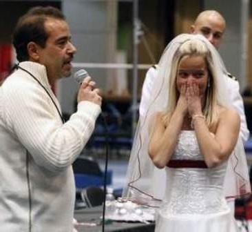 Presenečenje na poroki za drugo polovico