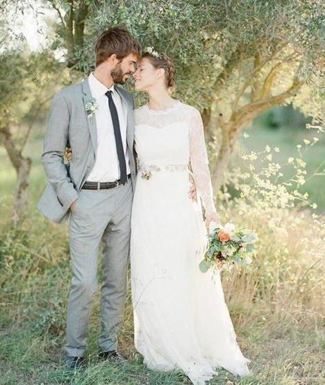 naravnost poročno obleko z vlakom