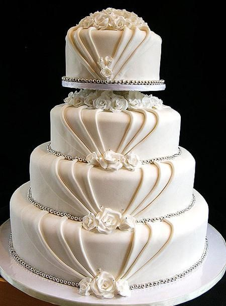 Poročne torte iz mastike: zbirka receptov
