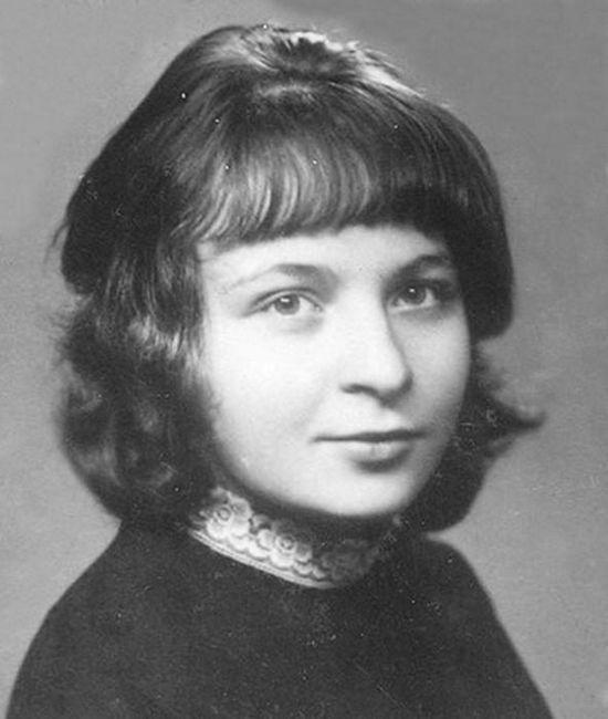 Tema matere v delu Tsvetaeve. Pesmi o rojstni kraj Marina Tsvetaeva