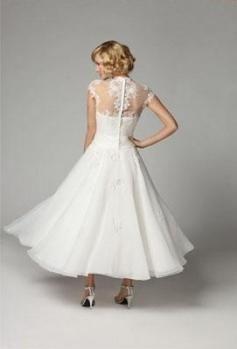 poročna obleka v retro slogu