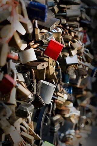 Zakaj potrebujete poročne ključavnice?