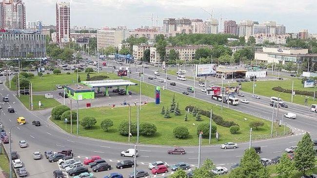Seznanitev s St Petersburg: Ustavni trg